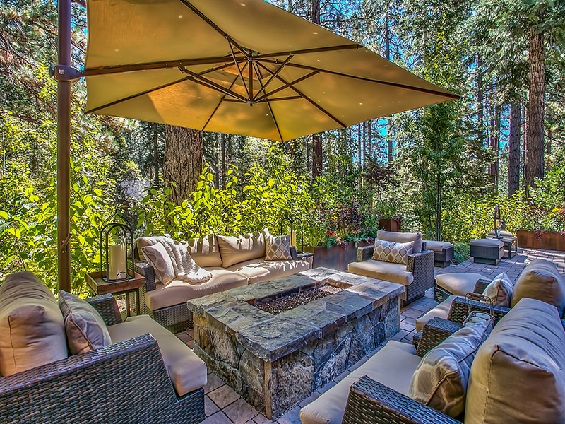 Back patio/outdoor living space
